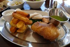 """Super """"Posh Fish & Chips"""" at The Crab, The Southerner Fish And Chips, Pretzel Bites, Sunny Days, Future, Eat, Ethnic Recipes, Food, Future Tense, Meal"""