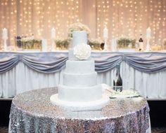 Like the wedding cake table layout