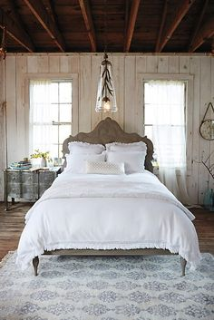 obsessed with this farmhouse style bedroom