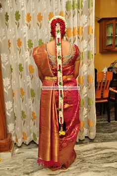 Latest Indian Clothing And Jewellery Designs South Indian Wedding Hairstyles, Bride Hairstyles, Indian Flowers, Jewellery Designs, Indian Outfits, Sari, Ornaments, Hair Styles, Clothing