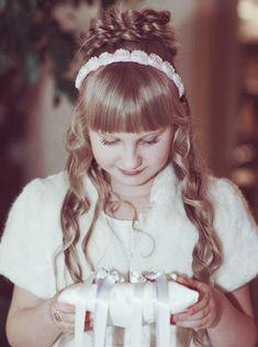Подушки для колец на свадьбу: фото подушечек для колец - Невеста.info Ring Pillows, Children Images, Wedding, Fashion, Valentines Day Weddings, Moda, La Mode, Ring Pillow, Fasion