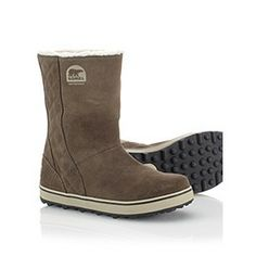 Sorel Glacy: full fleece lining for warmth and waterproof breathable membrane construction to keep feet dry and comfortable. The flat-bottomed outsole provides incredible traction in the snow.