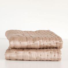 SILK DOTTED DECORATIVE QUILT - Quilts - Bedroom   Zara Home Croatia