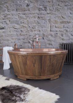 The Dory - a true centre piece! Our copper tub clad in Teak or Fruit Wood. Bathroom Design Inspiration, Bathroom Interior Design, Rustic Bathtubs, Portable Bathtub, Spa Like Bathroom, Bathroom Modern, Cast Iron Bath, Copper Bath, Walk In Bathtub