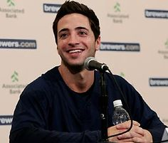 Cubs fan or not, I find Ryan Braun attractive. Hot Baseball Players, Cubs Fan, Gorgeous Men, Beautiful, Milwaukee Brewers, To My Future Husband, Wisconsin, How To Look Better, Celebrities