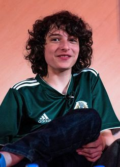 stranger-things-star-reveals-mexico-2018-world-cup-jersey-3.jpg 863×1,200 pixels