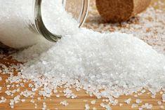 Comment arrêter une migraine immédiatement grâce au sel : un verre de jus de citron avec une bonne quantité de sel de l'Himalaya ! Stop aux migraines: