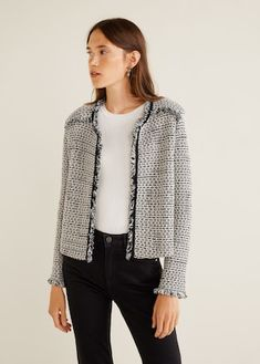 Discover the latest trends in Mango fashion, footwear and accessories. Style Rock, Casual Outfits, Fashion Outfits, Tweed Fabric, Jackets For Women, Clothes For Women, Pret A Porter Feminin, Blazer, Tweed Jacket