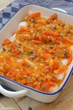 Ovenschotel met vis, kappertjes en tomaat