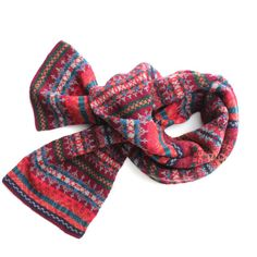 Made in Scotland and knitted in the country's traditional Fair Isle pattern, this scarf is equal parts authentic, classic, and cozy. The perfect compliment to