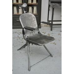 Chaise de dentiste vers 1940 Metal and woods