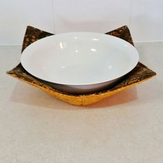 microwave plate holder reversable in a shabby chic rose pattern matched with green dot print. Black Bedroom Furniture Sets. Home Design Ideas