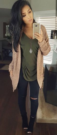 92da36b221 Awesome 15 Best Beige Cardigan Ideas You Must Have https   fazhion.co. Cardigan  OutfitsJean ...