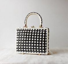 Vintage Vinyl Basket Weave Box Purse Bonnie by MomsantiquesNthings