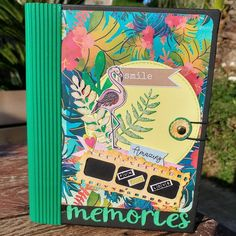 Collect memories, not things..  Tropical Minialbum