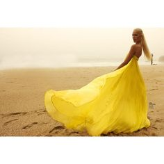 wish i could get my hands on that dress for tomorrows shoot