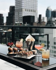 The rain has cleared, it's Friday night, and the gang's all here. New York Rooftop Bar, Hotel Rooftop Bar, Best Rooftop Bars, Rooftop Brunch Nyc, Ac Hotel, New York City Travel, London Travel, York Restaurants, Nyc Life
