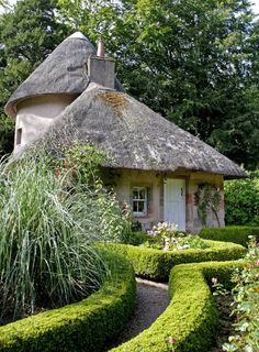 Scottish garden - Tea Cottage at Mellerstain House Scotland UK. more with healing sounds: Storybook Homes, Storybook Cottage, Old Cottage, Cottage Homes, Cottage Style, Cottage Garden Design, Home And Garden, Fairytale Cottage, Cabins And Cottages