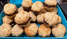 Recette: Biscuits avoine et aux dattes. Jus D'orange, Galette, Muffin, Food And Drink, Cookies, Breakfast, Desserts, Recipes, Sweet Cookies