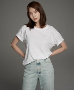 Gong Seung Yun (공승연) / Yoo Seung Yeon (유승연) Asian Actors, Korean Actresses, Gong Seung Yeon, Asian Babies, Beauty Shots, Korean Celebrities, Poses, Beautiful Asian Girls, Stylish Girl