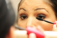 "How to Apply Eye Makeup - Tips for applying your eye makeup the right way. It also has some ideas for creating a smoky eye without eyeliner and even a ""rainbow"" eyeshadow effect."