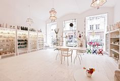 feinedinge shop tour + lacy lovliness...