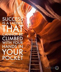 Make sure the juice is worth the squeeze. IS IT FOR YOU?? #hustle #hardwork #smartwork #EQoverIQ #ladder #theclimb  @wonderful_places - Motivation from @elitemindsetinc