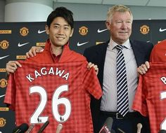 Five things you didn't know about Man United's Shinji Kagawa. The football season's arrived, Manchester United have just lost to Everton but their new signing, Shinji Kagawa is getting a good press.