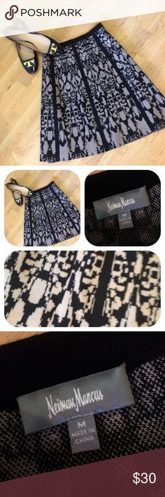 👗New Neiman Marcus Skirt👗 Brand new Neiman Marcus size medium skirt.  Black and gray patterned knit skirt.  Very good quality. Neiman Marcus Skirts
