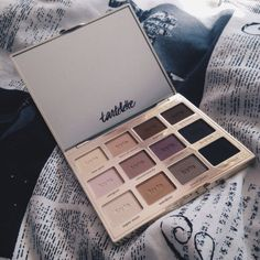 Shared by F A S H I ♡ N. Find images and videos about tarte, makeup and eyeshadow on We Heart It - the app to get lost in what you love.