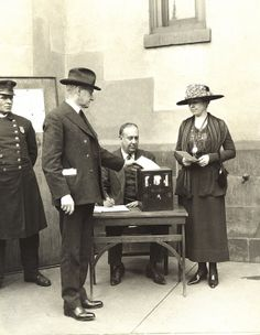 Grace Coolidge cast her 1st vote in the election for her husband as vice president in 1920
