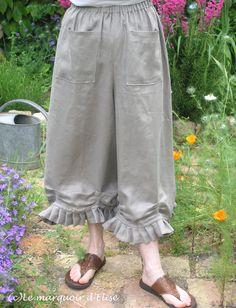 Bloomer pants, free pattern by Tina Givens