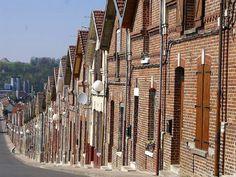 Les Corons, maisons ouvrières, Nord-Pas-de-Calais   http://www.pinterest.com/adisavoiaditrev/