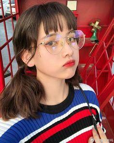 Our social Trends Ulzzang Korean Girl, Cute Korean Girl, Asian Girl, Teenage Hairstyles, Girl Korea, Korean Girl Fashion, Uzzlang Girl, Girl Inspiration, Girl Short Hair