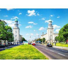 B E R L I N -  F R I E D R I C H S H A I N  noch 3 Wochen :) #Berlin #joinGermanTradition #germanytourism #Germany #friedrichshain #frankfurtertor #pickmotion #pckberlin by wander_lust_ig