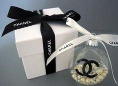 Chanel Ribbon Glass Ball Christmas Tree-onament - Oh My