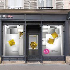 Vitrine du Lab by Legrand pour les D'DAYS 2016 avec en vedette l'or et sa pépite stylisée. #DDAYS2016 #Paris #rueduBac #leLab #Legrand