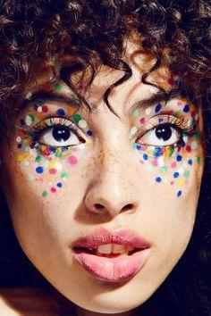 Nächstes Fasching geh ich als Konfetti ♥ Super creative makeup looks which we love. See more ideas a Makeup Inspo, Makeup Inspiration, Makeup Tips, Makeup Products, Eye Makeup, Hair Makeup, Makeup Ideas, Freckles Makeup, Face Makeup Art
