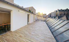 Robinienterrasse über den Dächern von Paris