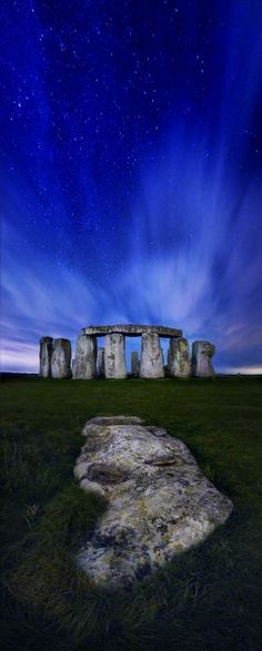 Stonehenge by starlight by Richard Crompton