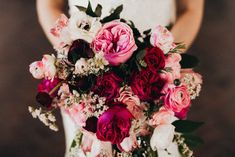 This wedding at the Tucson Country Club features eclectic otherworldly details, a naturally romantic space, and gorgeous vibrant florals.