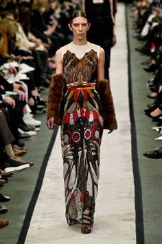 Pin for Later: Get Your Dress Fix With 100 of the Prettiest Autumn Looks Givenchy Fall 2014