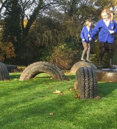 Tyre Trail - a classic trail item jump and bounce while keeping your balance. Great as a link point between trails or as a stand-alone item. #tyretrail #activeplay #physicalplay #uk #parks #playgrounds #playgroundequipment #playground #equipment
