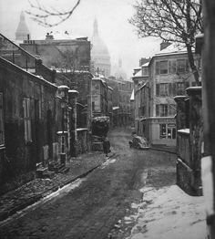 Le village de Montmatre en 1950 - Paris - France
