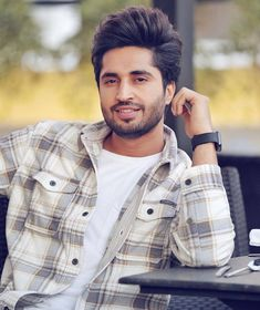 New Hair Style Of Punjabi Singer Jassi Gill New Style In 2019