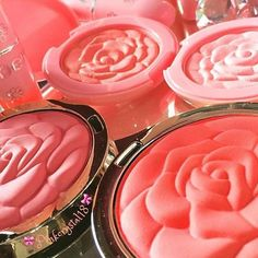 IG: pinkcrystal18