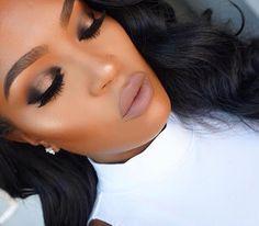 "Makeup details🤗 ""tartelette in bloom eyeshadow palette. Lid: firecracker & activist Crease: leader eyeshadow Highlight: ""sun beam"" with so Hollywood highlight on top. Makeup Tips, Beauty Makeup, Eye Makeup, Hair Makeup, Hair Beauty, Makeup Tarte, Contouring Makeup, Makeup Trends, Makeup Ideas"