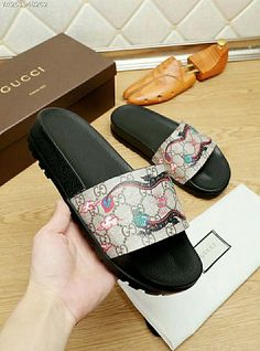 5c86853b2542 Gucci 2018 New Flip Flop 38-44  53-11735582 Whatsapp 86 17097508495