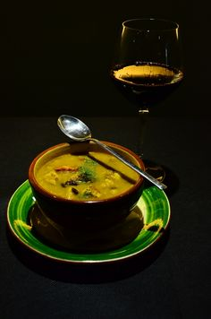 Mi locro Tapas, Thai Red Curry, Good Food, Meals, Ethnic Recipes, Soups, Wine, Dishes, Recipes