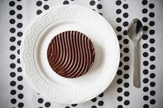 La cuisine de Simona: Prajitura cu ciocolata si mascarpone. Gâteau au chocolat et mascarpone. Chocolate cake with mascarpone